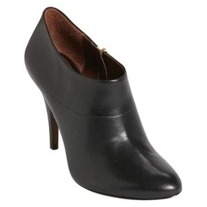 NEW Aerin Pembroke Black Leather Ankle Boots